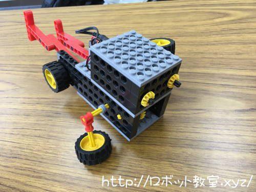 プログラミング教室の体験で作ったロボット。