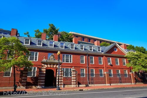 ハーバード大学の建物。入学したいね。
