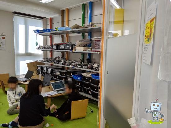 北区赤羽にあるロボットプログラミング教室の様子