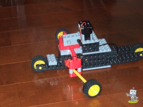 多摩市にあるロボット教室で作成しました